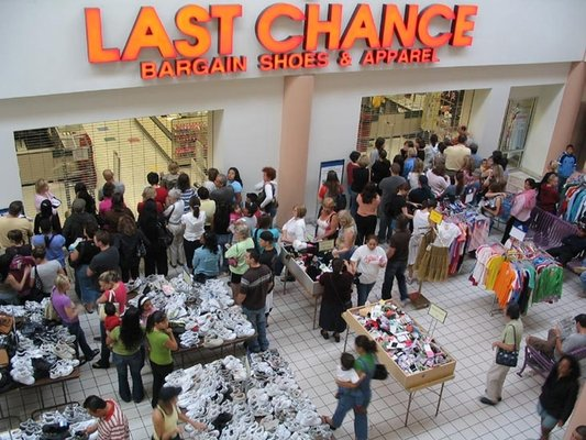 Last Chance price: $ That's a 90 percent discount, just about average for this clearinghouse dive for leftovers, returns and misfit dolls from the nation's Nordstrom department stores.