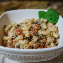 Lifestyle blog about a jazzed up Mac and Cheese recipe
