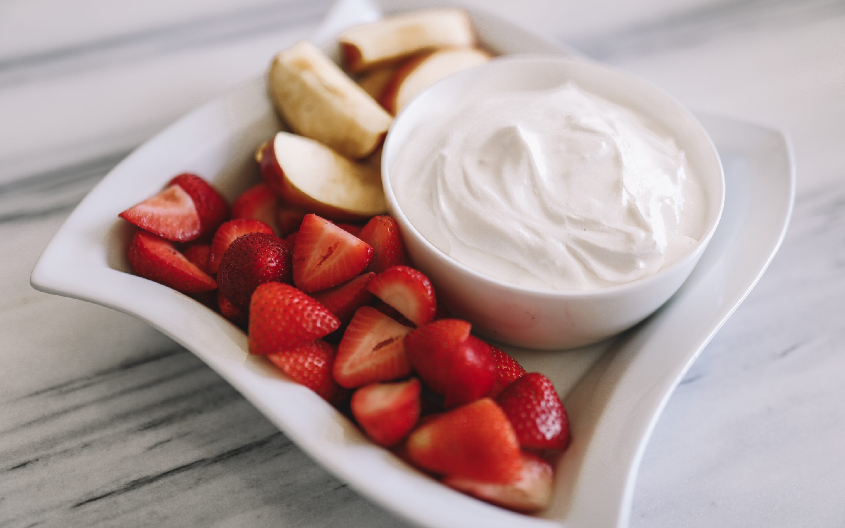The Perfect Protein Fruit Dip for Your Summer Picnics